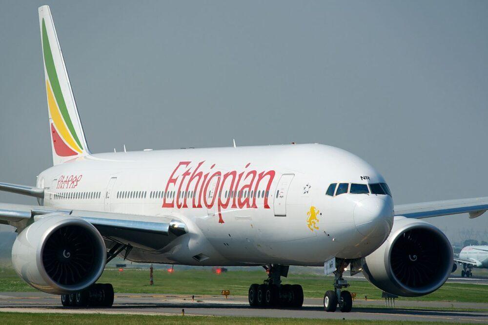 Ethiopian_Airlines_Boeing_777-200LR_ET-ANR