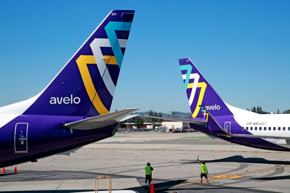 Avelo Airlines Boeing 737-800 Tails