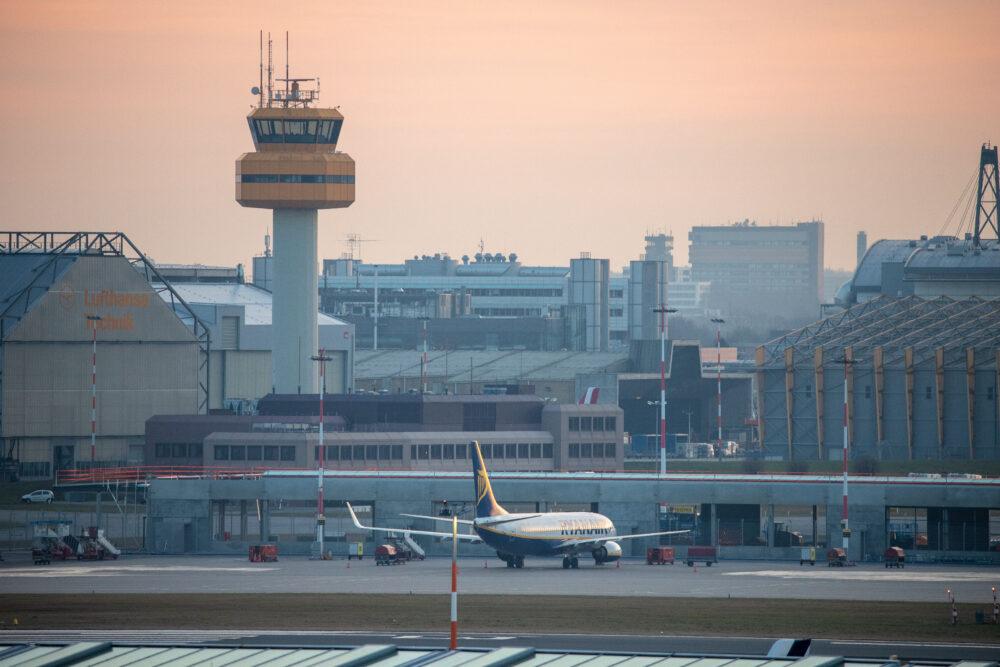 Wieża lotniska w Hamburgu