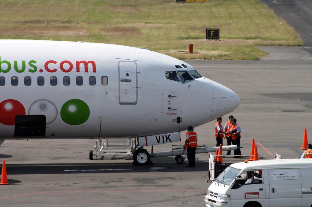 Viva Aerobus Boeing 737-300