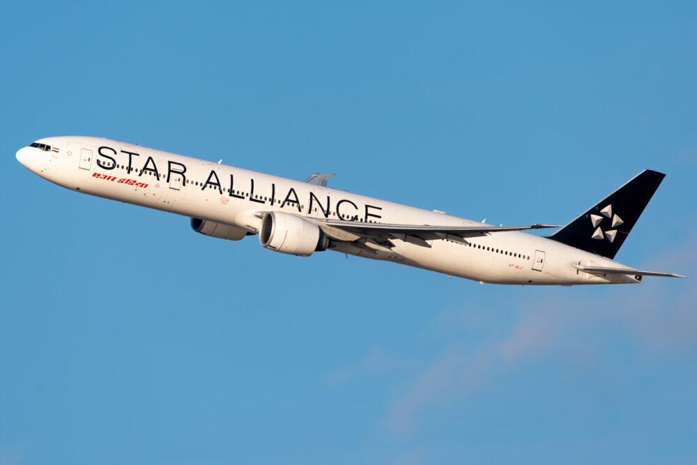 Air India Boeing 777-337(ER) VT-ALJ