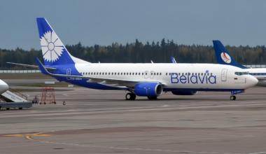 Belavia 737-800