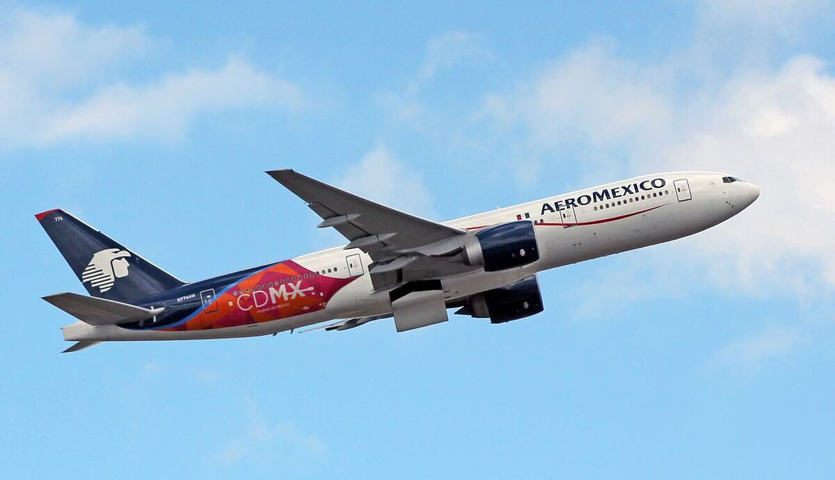 Aeromexico B777-200