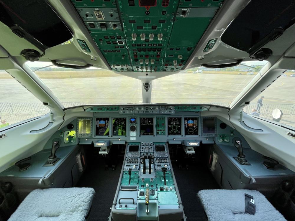 SBJ Cockpit
