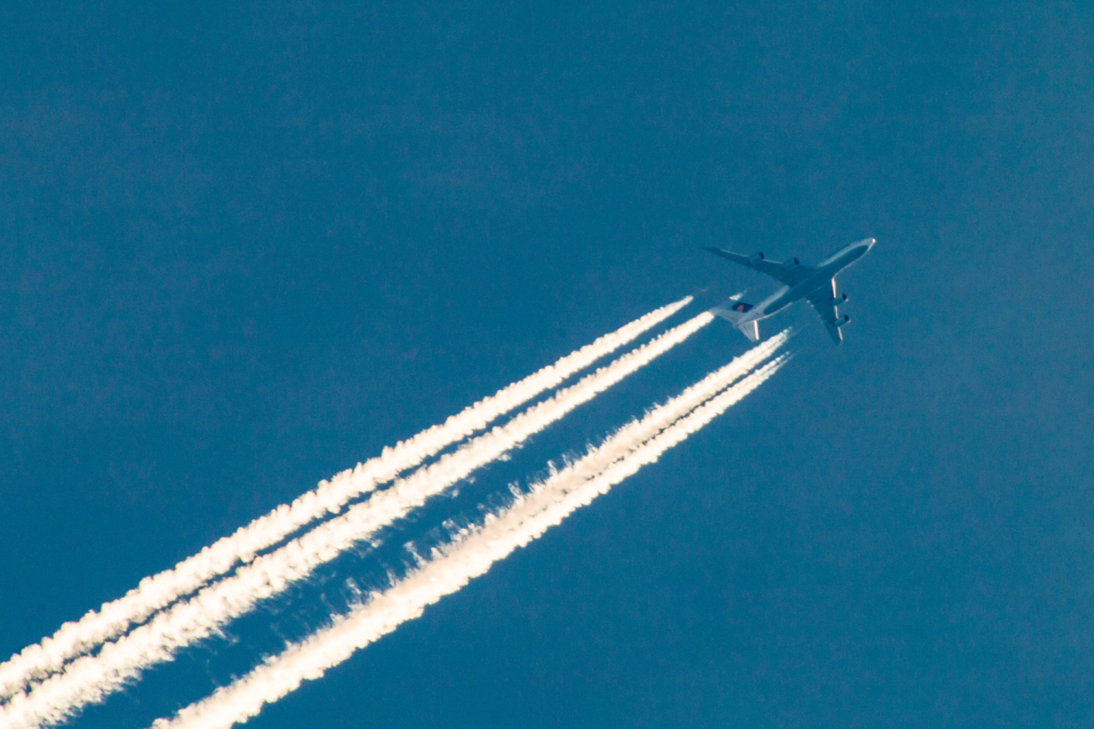 747 fly over