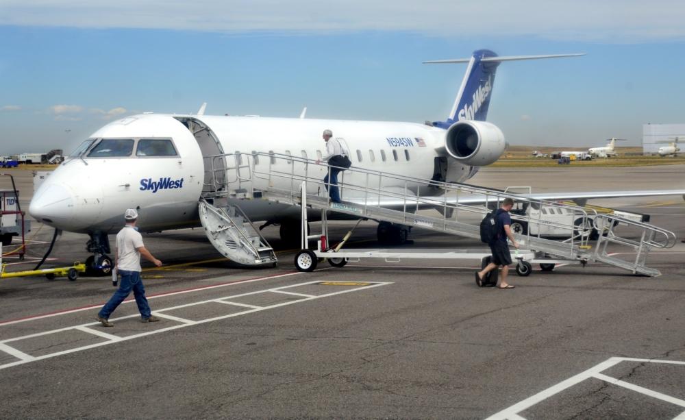 SkyWest CRJ200