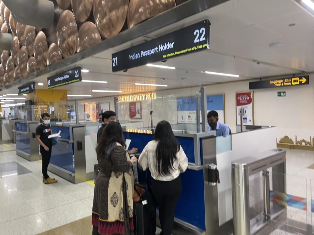 Delhi Airport Immigration India