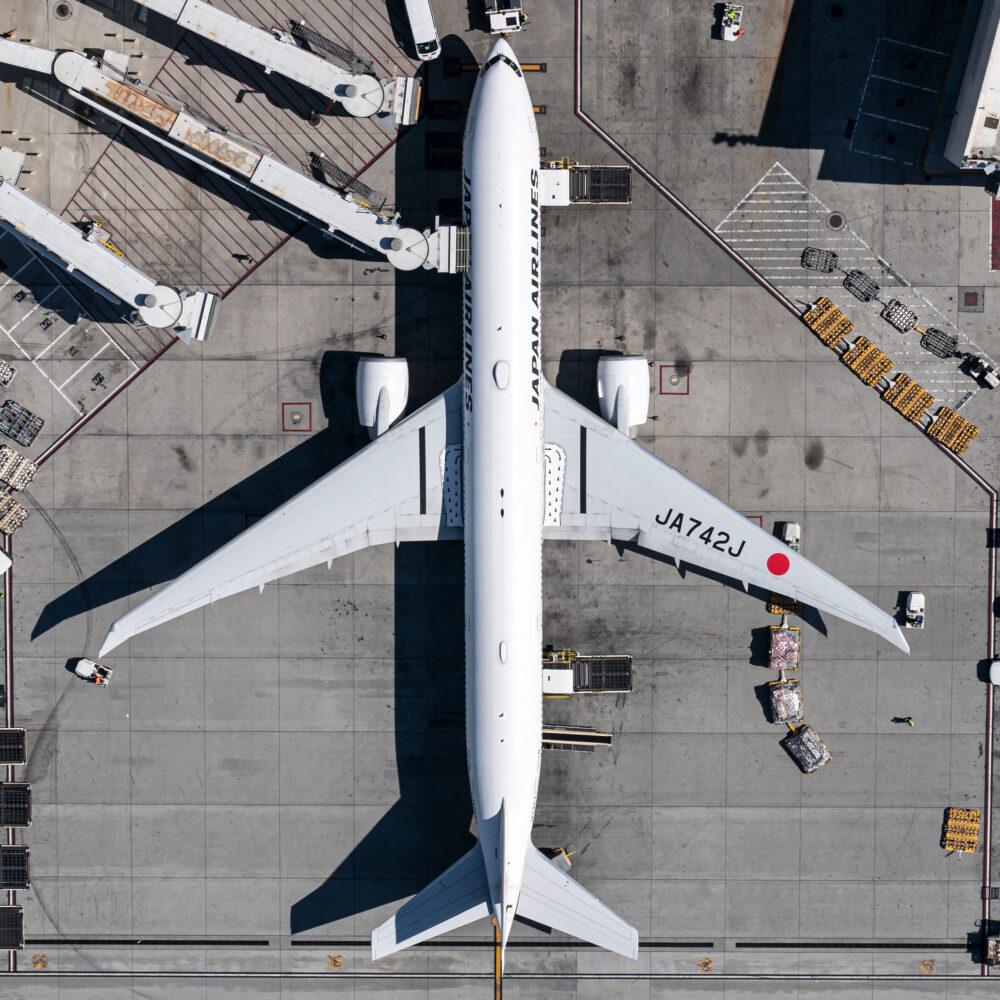 Japan Airlines Boeing 777-346(ER) JA742J.jpg (2) copy