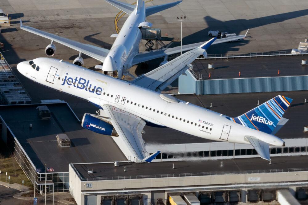 JetBlue Airways Airbus A320-232 N804JB.jpg (2)