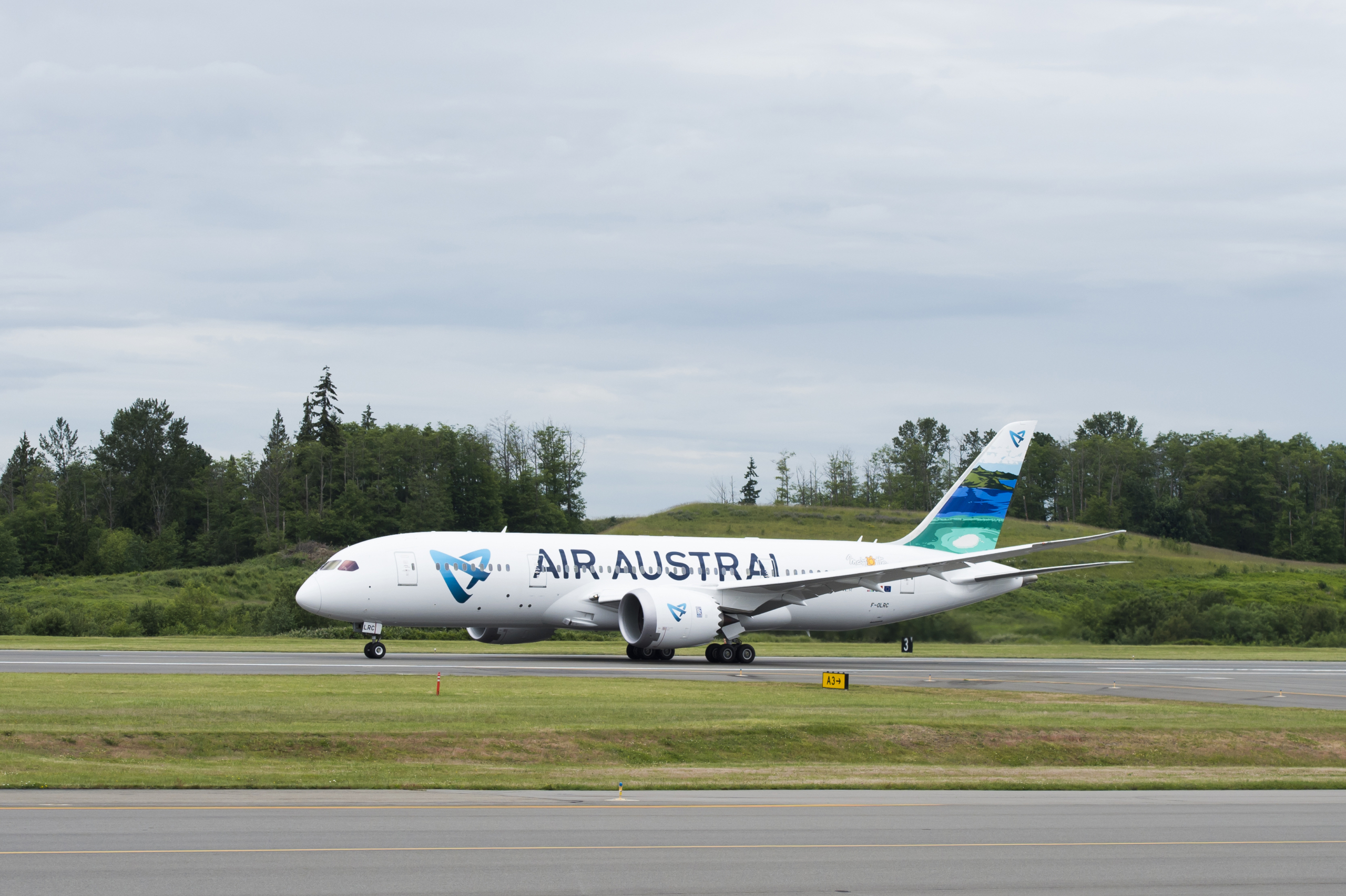 Air Austral, Airbus A220, Delivery