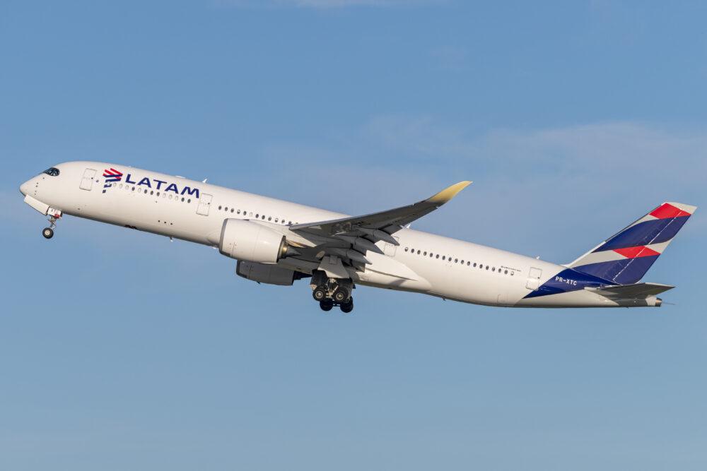 LATAM A350-900
