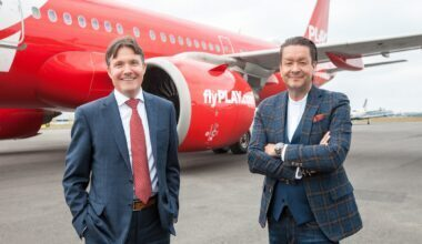 Left to right - Magnus Hardarson, CEO Nasdaq Iceland and Mr. Birgir Jónsson, CEO of PLAY
