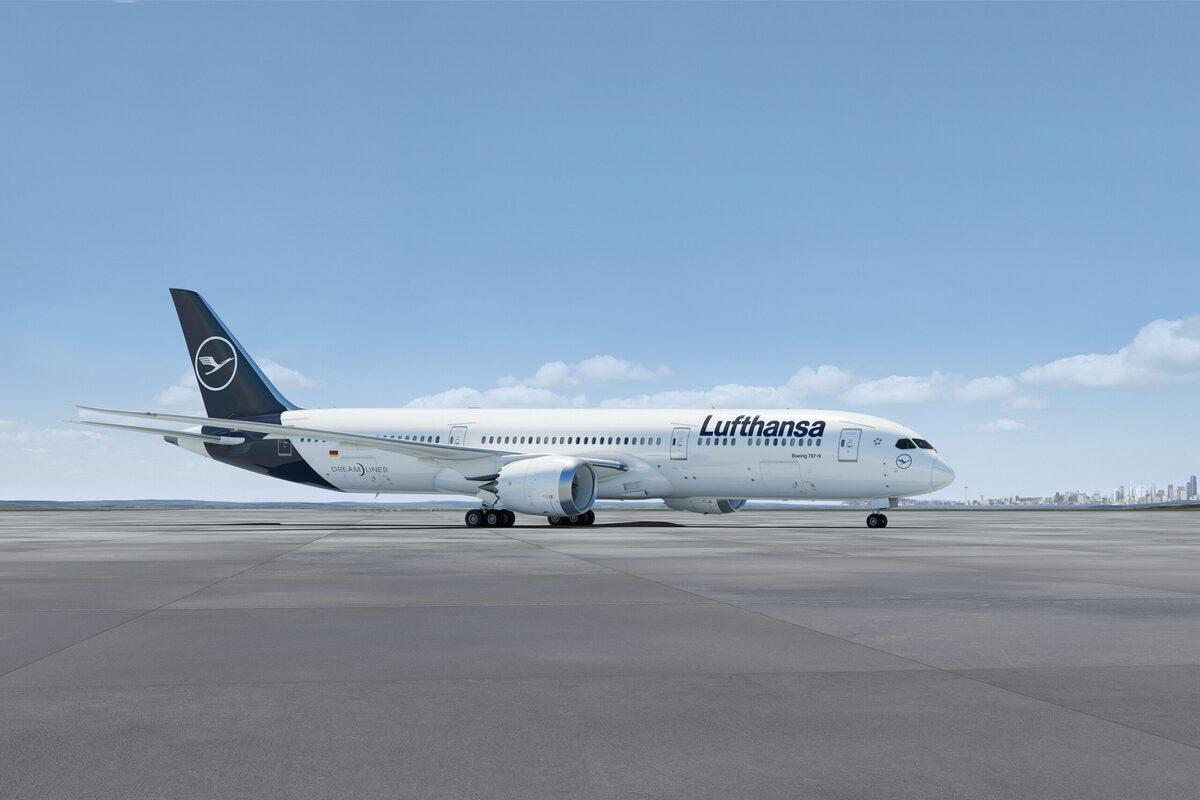 Lufthansa, Airbus, Boeing