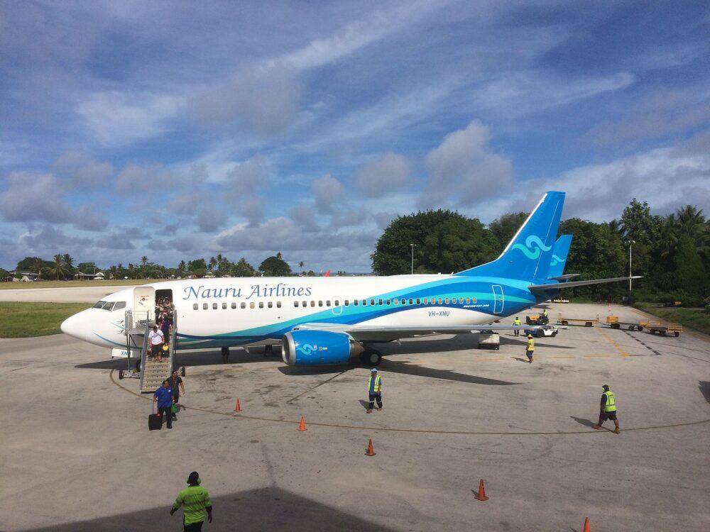 Nauru_Airlines B737-300