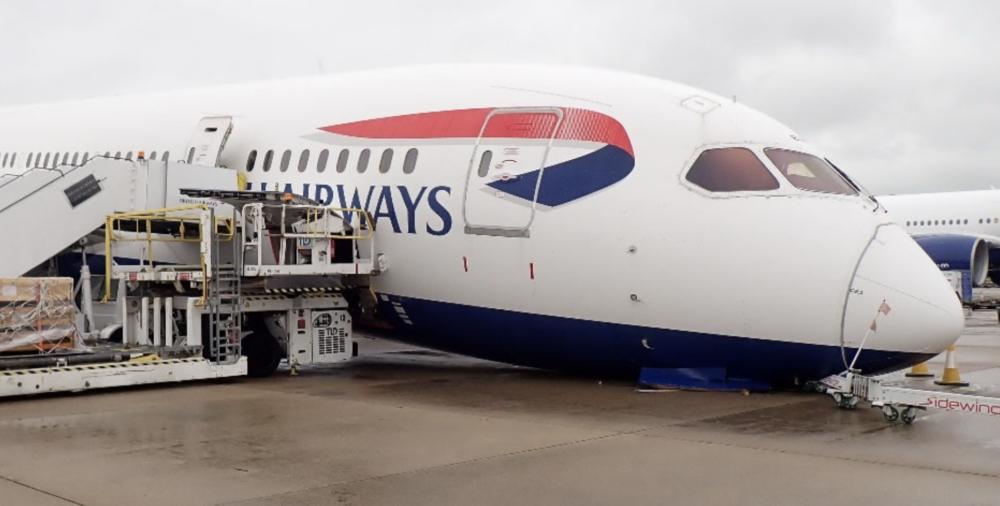 british airways 787 gear collapse