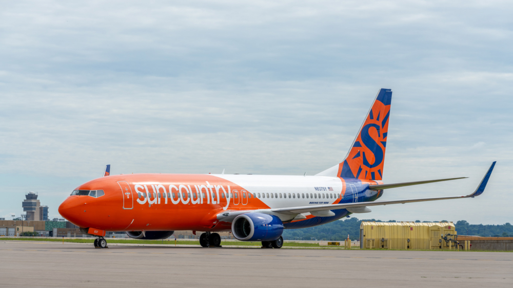 Sun Country Boeing 737