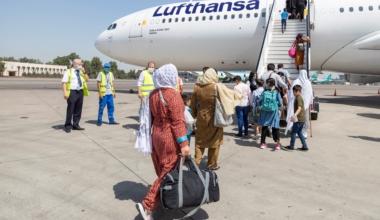 Lufthansa, Afghanistan, Evacuation