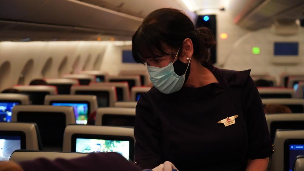 DL Flight attendant