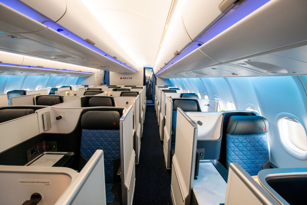 DL A330neo Delta ONe Suite
