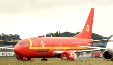 Royal Mail Boeing 737
