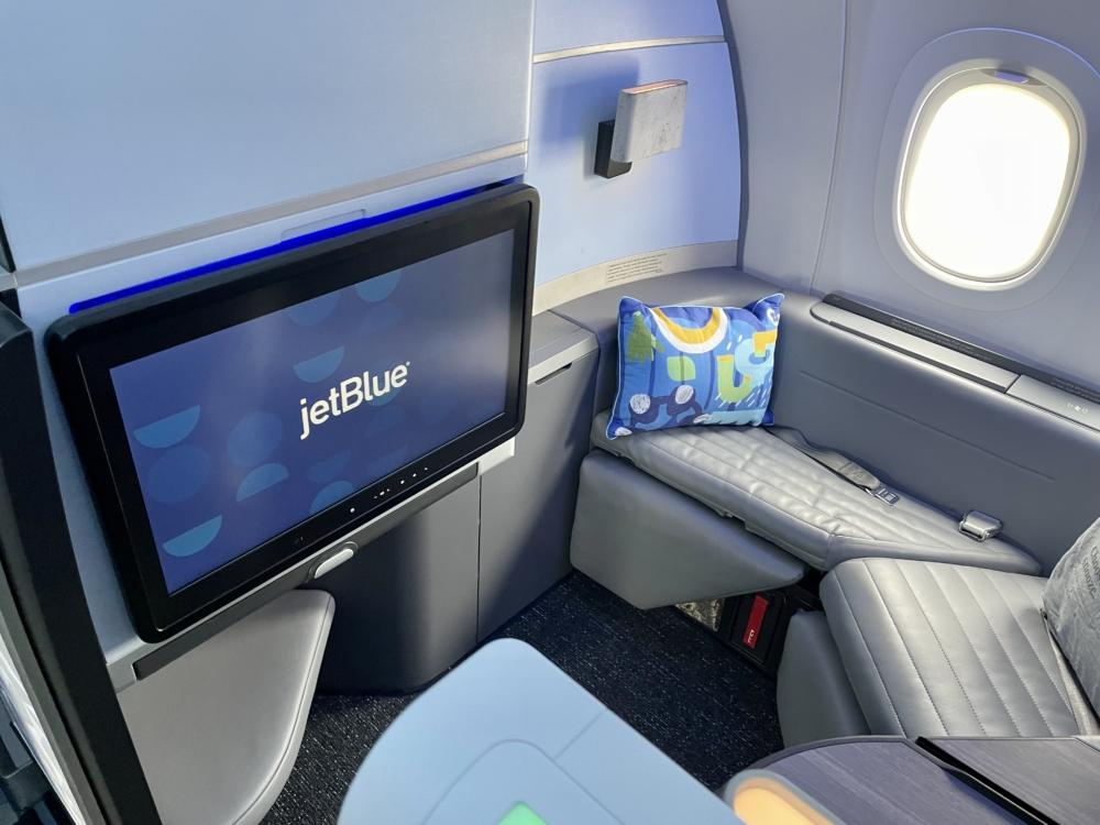 JetBlue A321LR Business