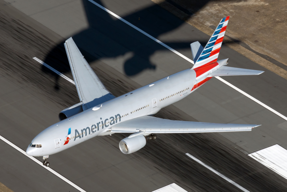 American Airlines B777
