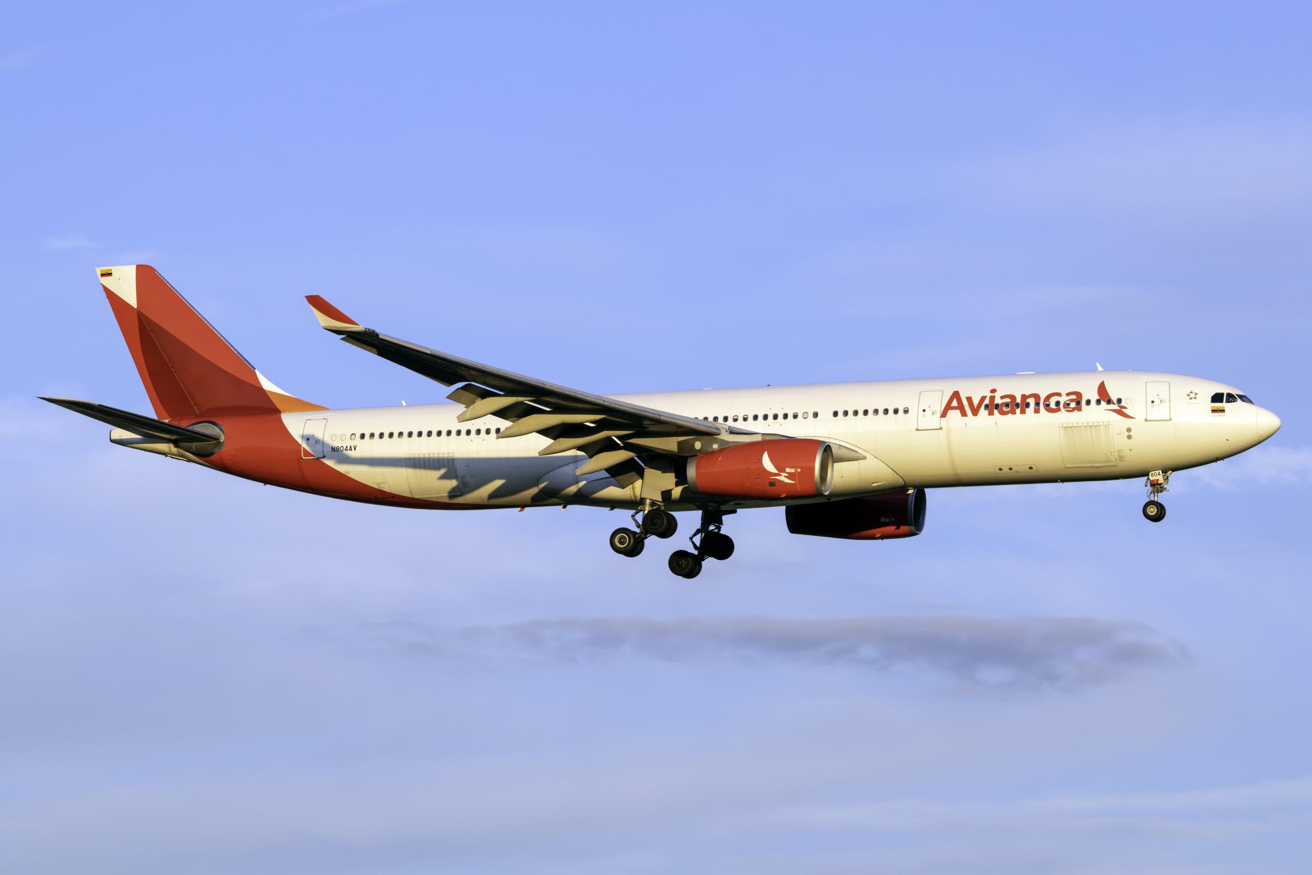 Avianca Airbus A330-343 N804AV