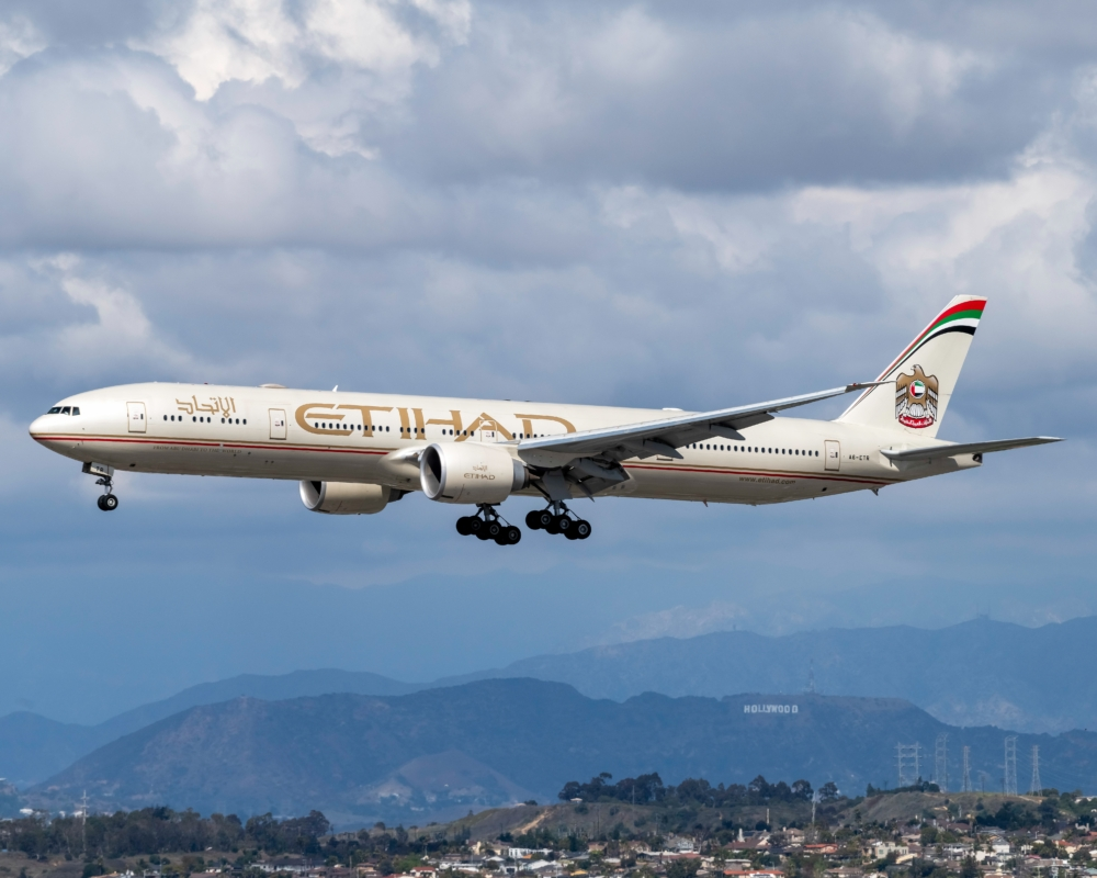 Etihad Airways Boeing 777-300ER
