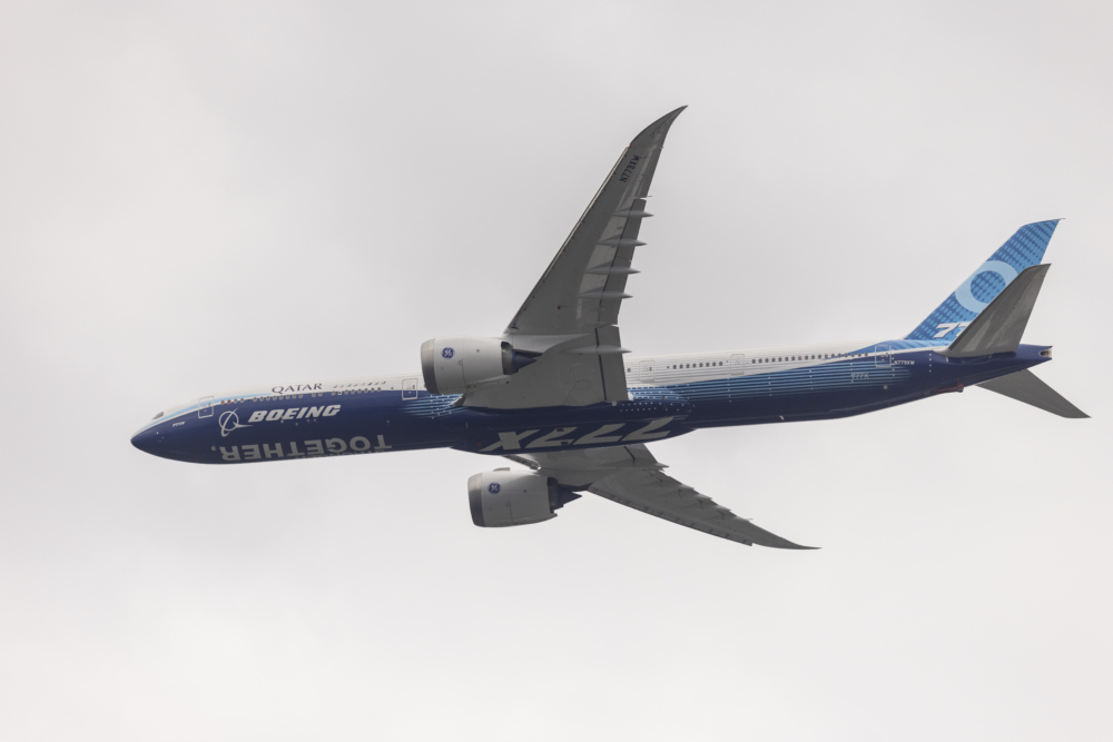 Boeing Classic 777X flyover