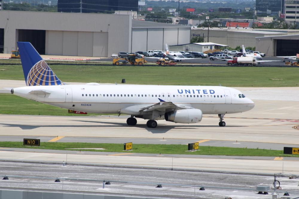 United A320