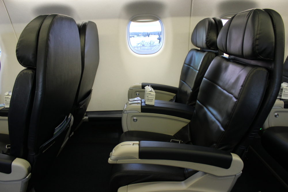 Alaska E175 First Class