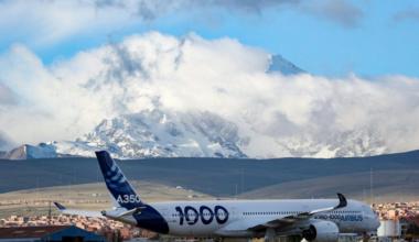 AIrbus A350 La Paz