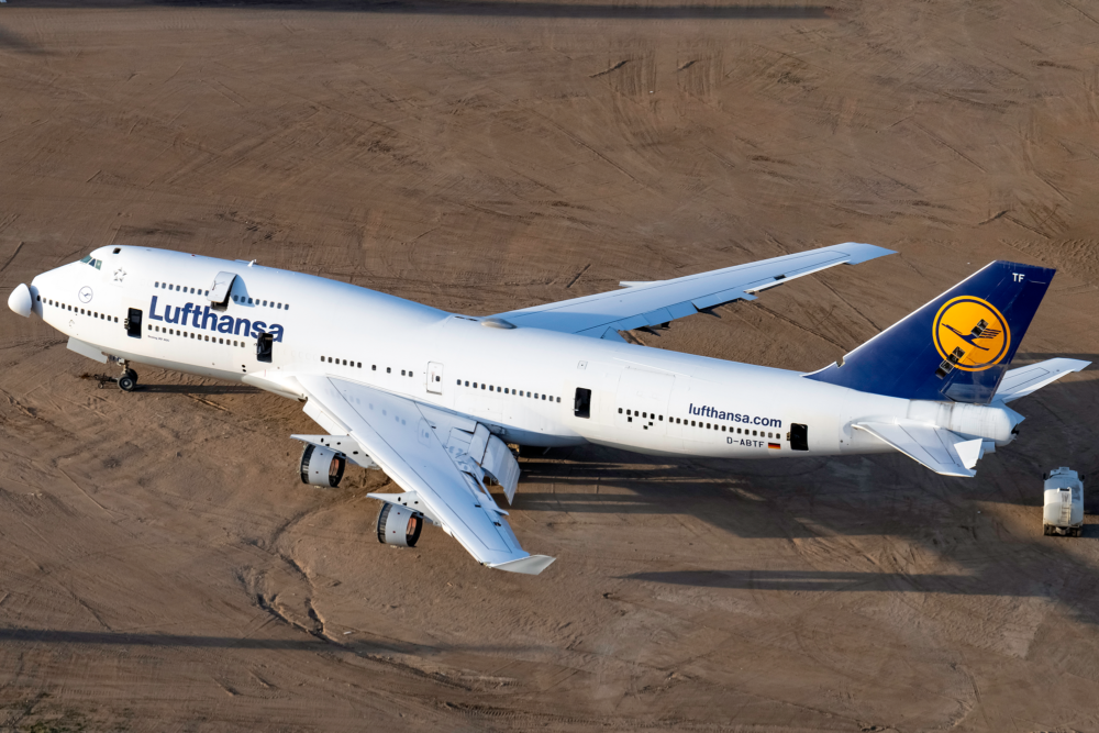 Lufthansa Boeing 747, Combi