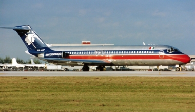 McDonnell_Douglas_DC-9-32,_AeroMexico_AN0208978
