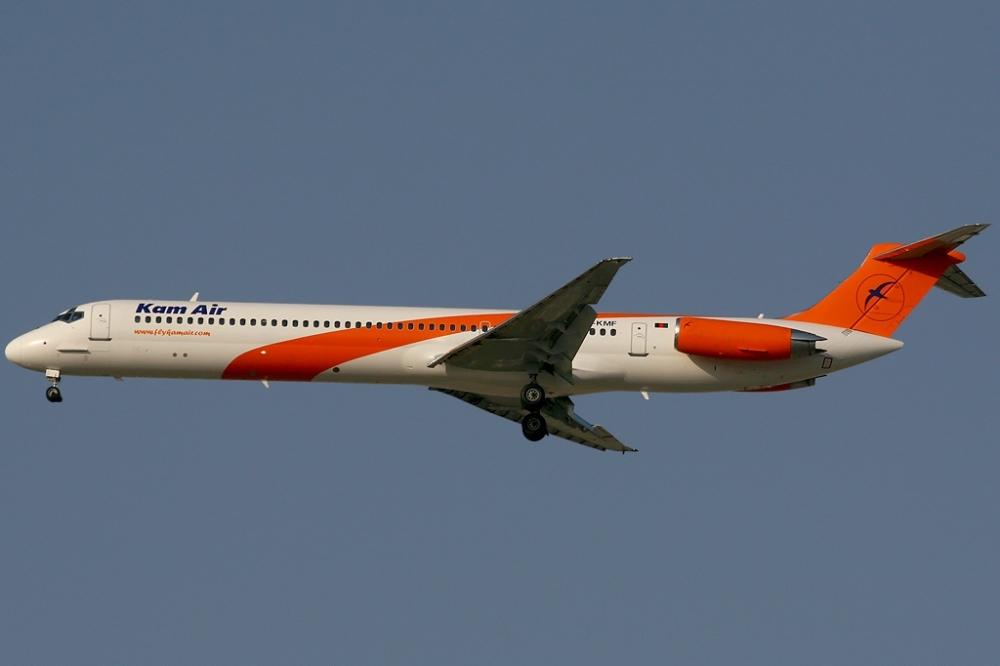 Kam Air MD-82