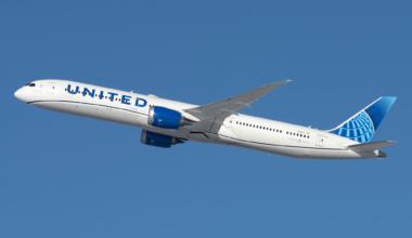 United Airlines Boeing 787-10 Dreamliner N12012.jpg (4)