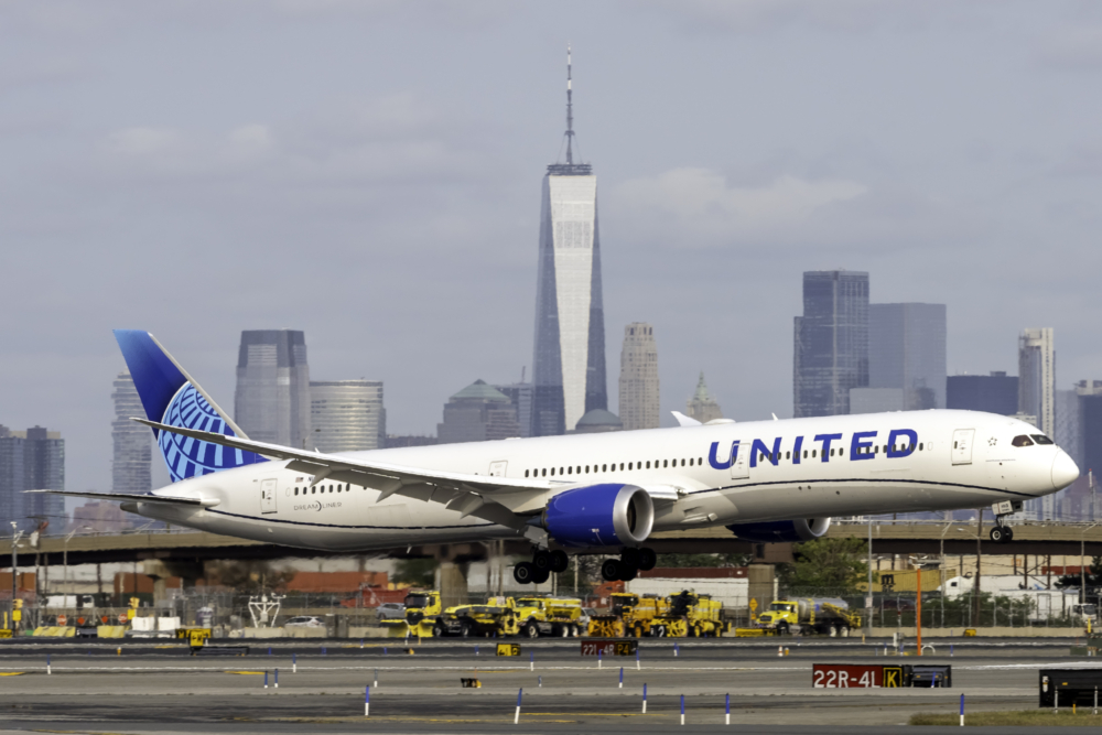 United Airlines, Walmart, COVID-19 Tests