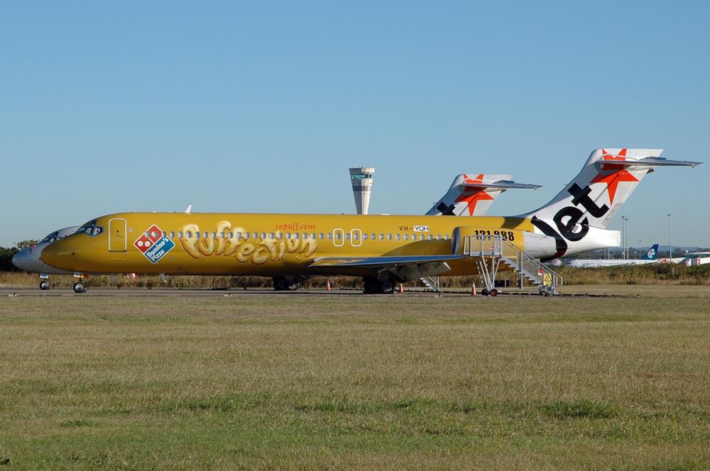 Jetstar Boeing 717 Domino's