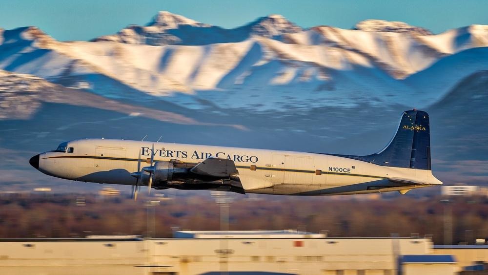 Everts Air Cargo Douglas DC-6