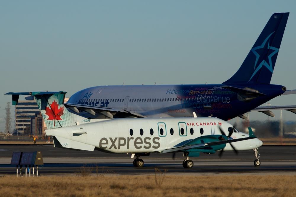 Air Canada Express Beechcraft 1900D