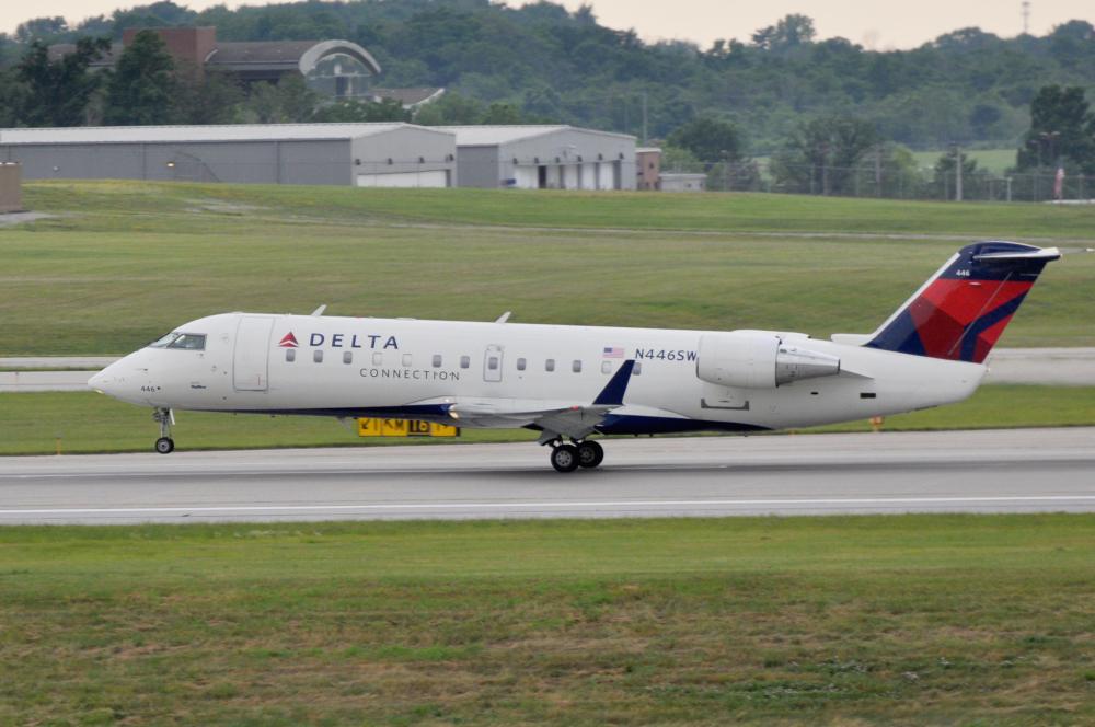 Delta Skywest CRJ200