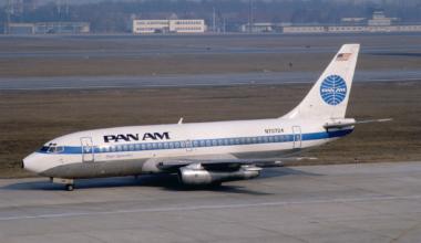 Pan Am Boeing 737