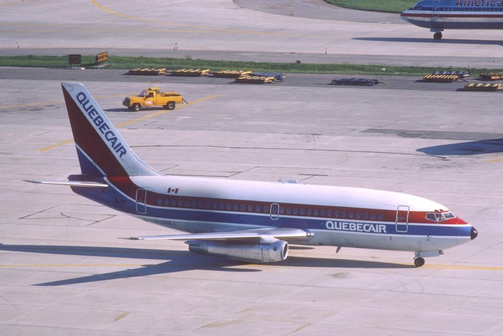 Quebecair Boeing 737