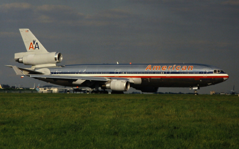 American Airlines MD-11