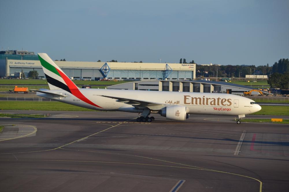 Emirates 777F A6-EFF