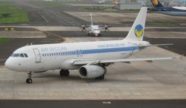 Air_Deccan_Airbus_A320_Murzello
