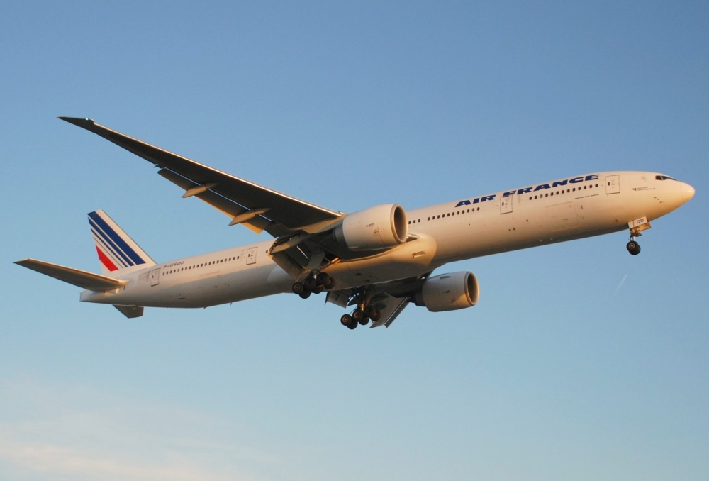 Air France Boeing 777 Returns To Beijing After Overpressure In AC Pipe