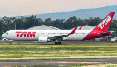 Boeing B767-316ER PT-MOF LATAM Brasil MMMX Aug 31 2021 AF 01