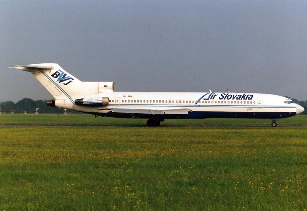 Air Slovakia Boeing 727