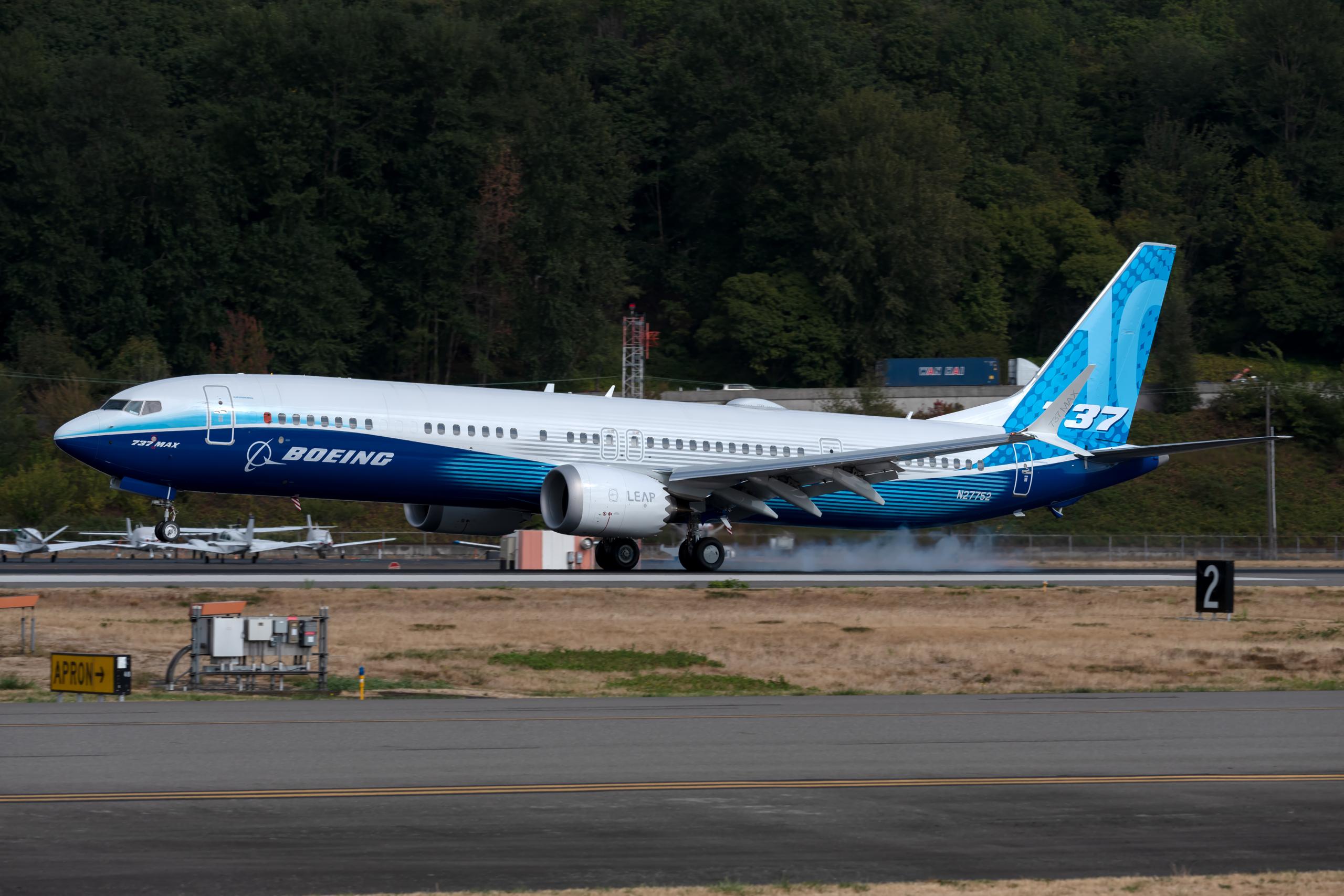 Boeing 737 MAX, MAX 10, First Flight